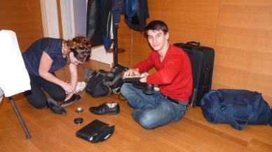 Die Schuhe werden auf Hochglanz poliert